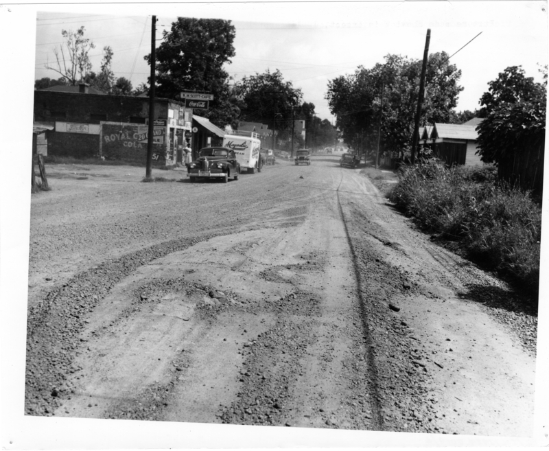 Picture made on South West Street, looking south, July 17, 1950. Call Number: PI/COL/1984.0019 (MDAH)